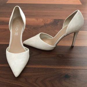ALDO white/cream textured leather d'orsay heel